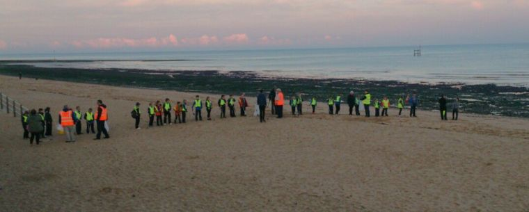 Spitfire Cubs Beach Litter Sweep